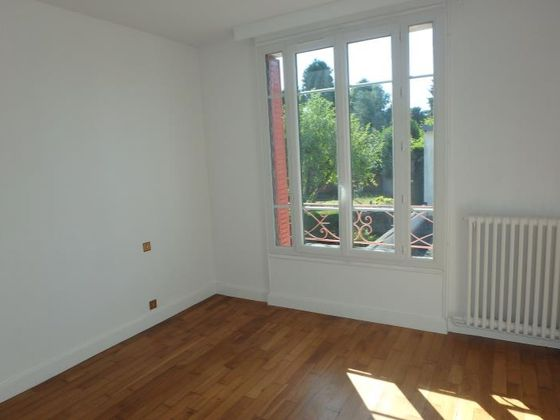Location maison 3 pièces 74,07 m2