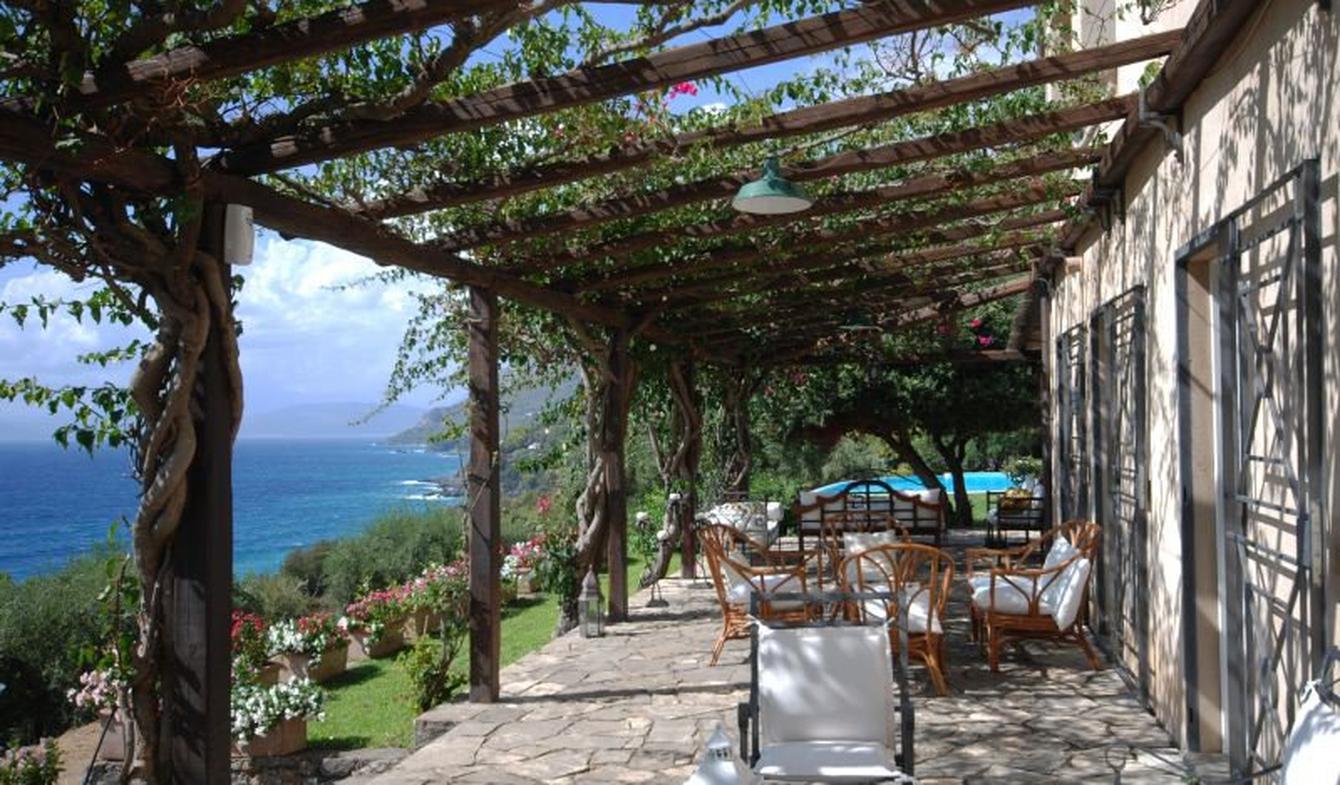 Villa avec piscine en bord de mer Maratea
