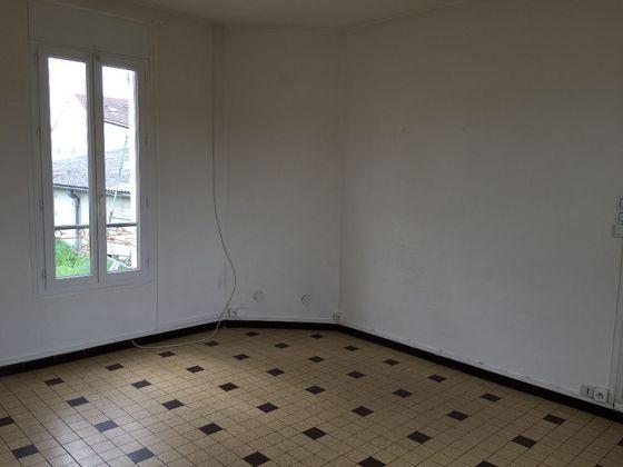 Location maison 4 pièces 74,36 m2