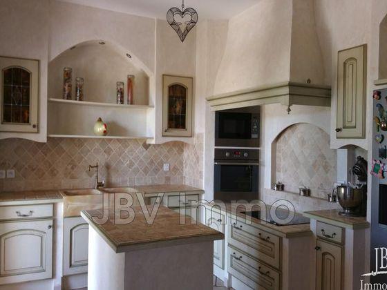 Vente villa 5 pièces 192 m2