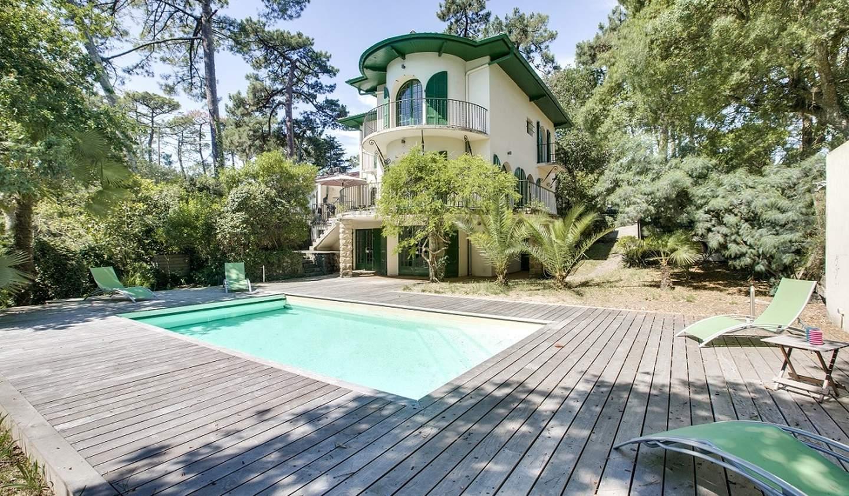 Villa avec piscine en bord de mer Hossegor