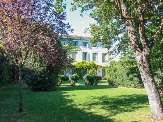 vente Maison 16 chambres (530 m) 825.000 € Uzs (30)   | Renovation-Travaux-Paca