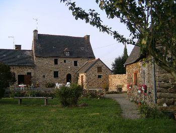 maison à Ploëzal (22)