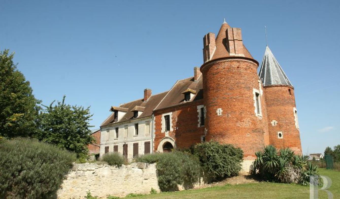 Conduit De Cheminee En Brique Rouge vente corps de ferme de luxe beauvais | 395 000 € | 330 m²