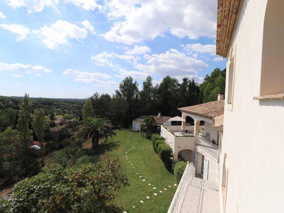 Vente villa 6 pièces 355 m2