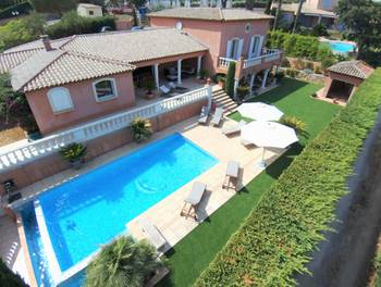 Villa 8 pièces 270,06 m2