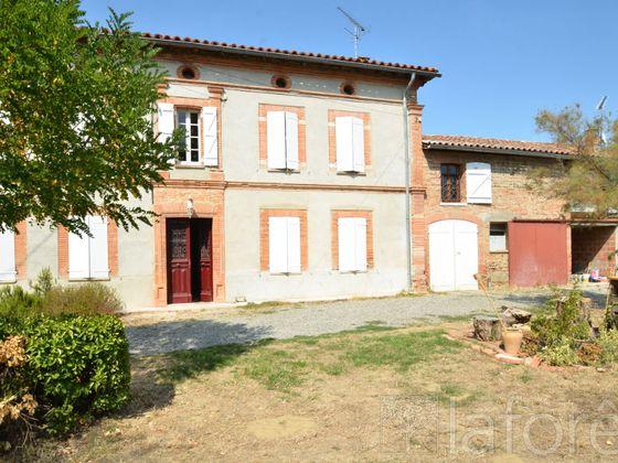Vente maison 10 pièces 403,94 m2