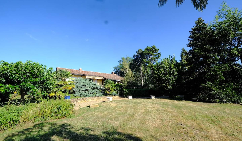 Villa avec jardin et terrasse Crêches-sur-Saône
