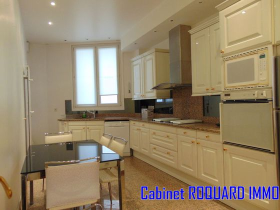 Location appartement 5 pièces 158 m2