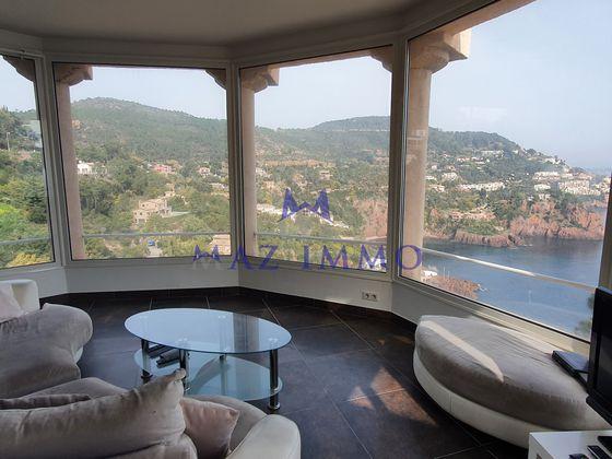 Vente villa 8 pièces 298,96 m2