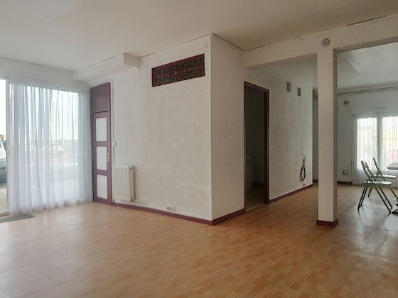 Location divers 4 pièces 69 m2