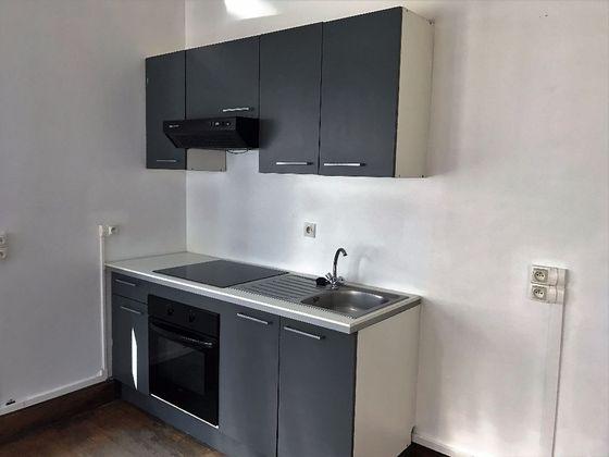 location Appartement 5 pièces 110 m2 Saint-Julien-sur-Reyssouze