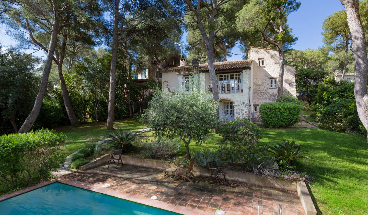 Property with pool and garden Saint-Jean-Cap-Ferrat