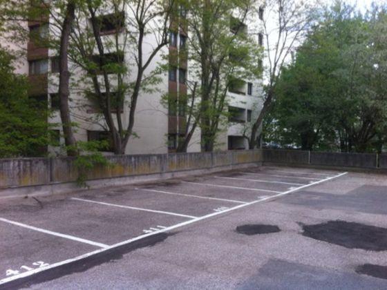 Location parking 13 m2