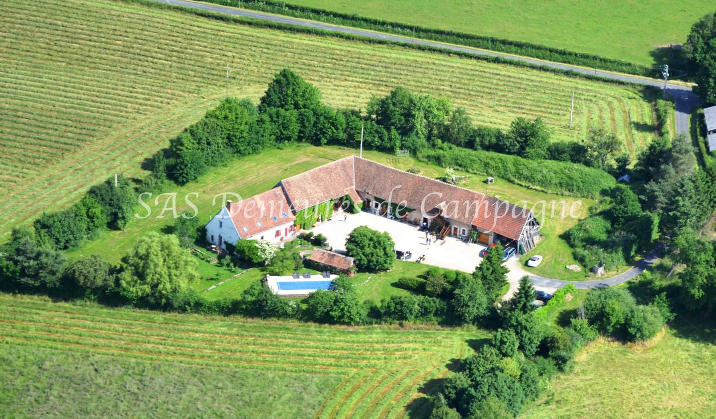 Property with pool and garden Sancerre