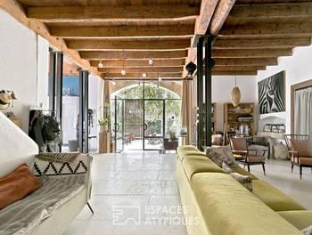 Maison 10 pièces 375 m2
