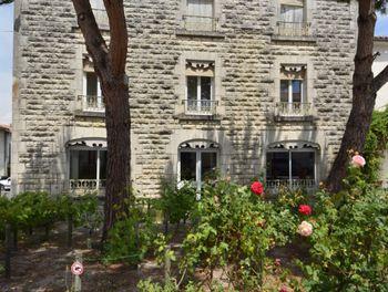 locaux professionels à Saint-Porchaire (17)
