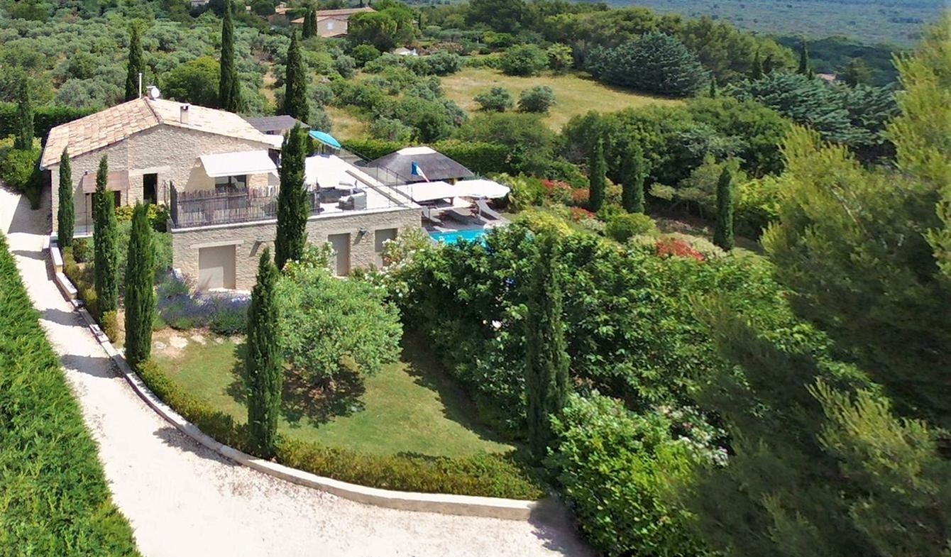 House with garden Gordes