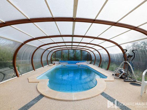Vente villa 5 pièces 182 m2