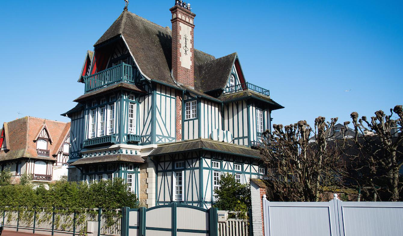 Seaside house and garden Deauville