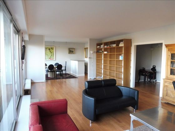 Location DAppartements  Pices  Paris Eme   Appartement