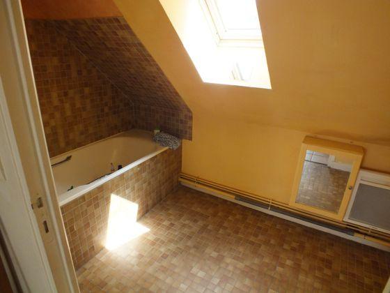 Location maison 7 pièces 150 m2