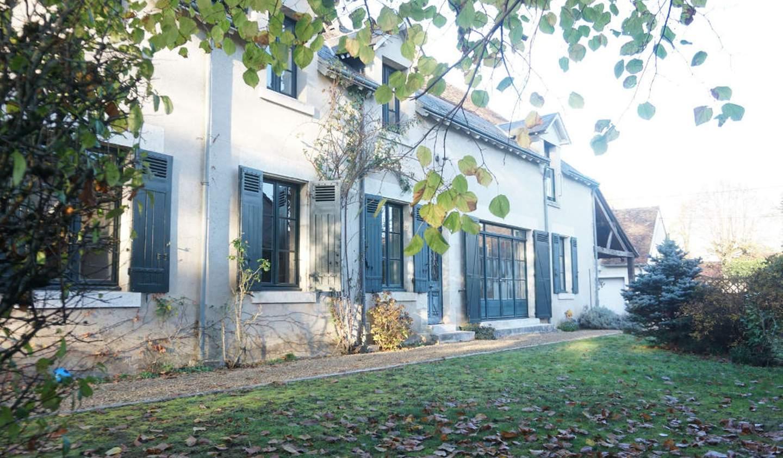 House with terrace Chouzy-sur-Cisse
