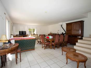 Maison 12 pièces 269 m2