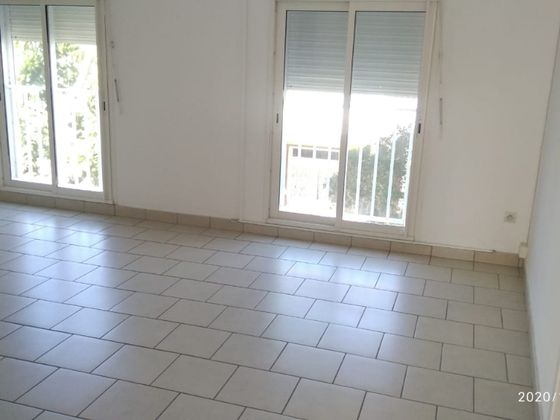 Location appartement 4 pièces 96 m2