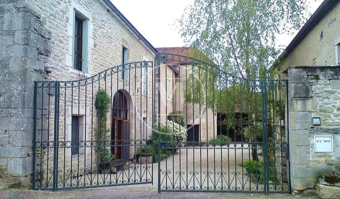 Maison avec terrasse Buffon