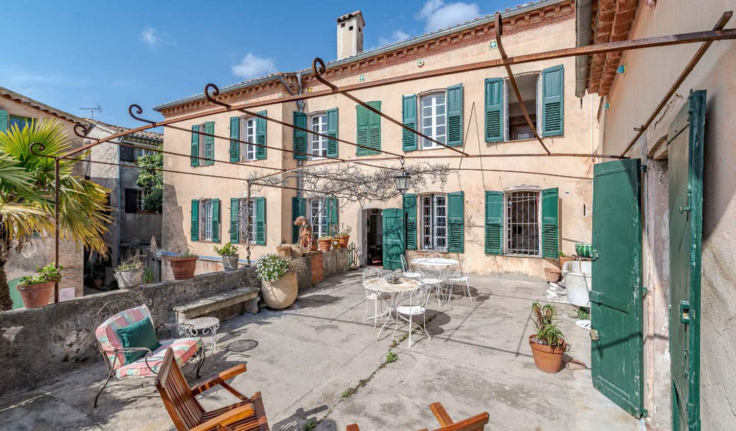 House with terrace Châteauneuf-Grasse