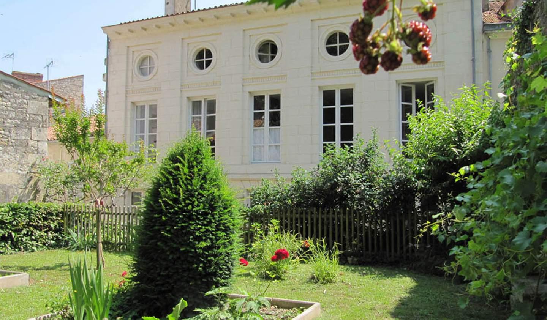 Hôtel particulier avec jardin Fontenay-le-Comte