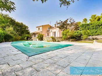 villa à Belcodène (13)