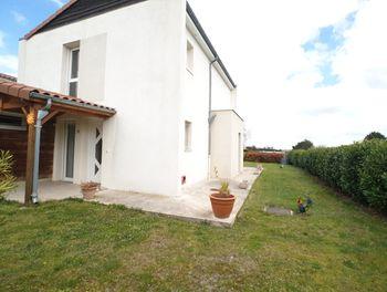 maison à Saint-Bonnet-près-Riom (63)