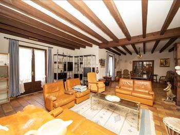 Maison 6 pièces 241 m2