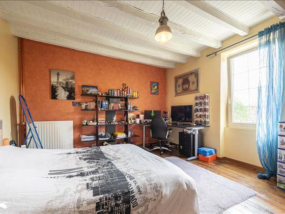 Vente maison 9 pièces 302 m2