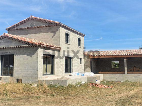 Vente villa 8 pièces 123,56 m2