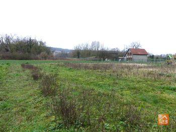 terrain à Presles-et-Boves (02)