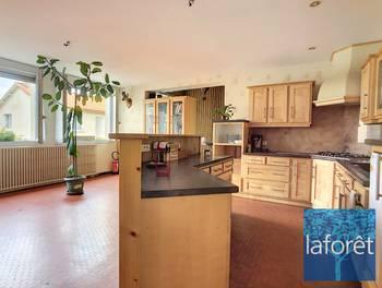 Maison 3 pièces 131 m2