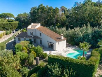 Villa 4 pièces 180 m2