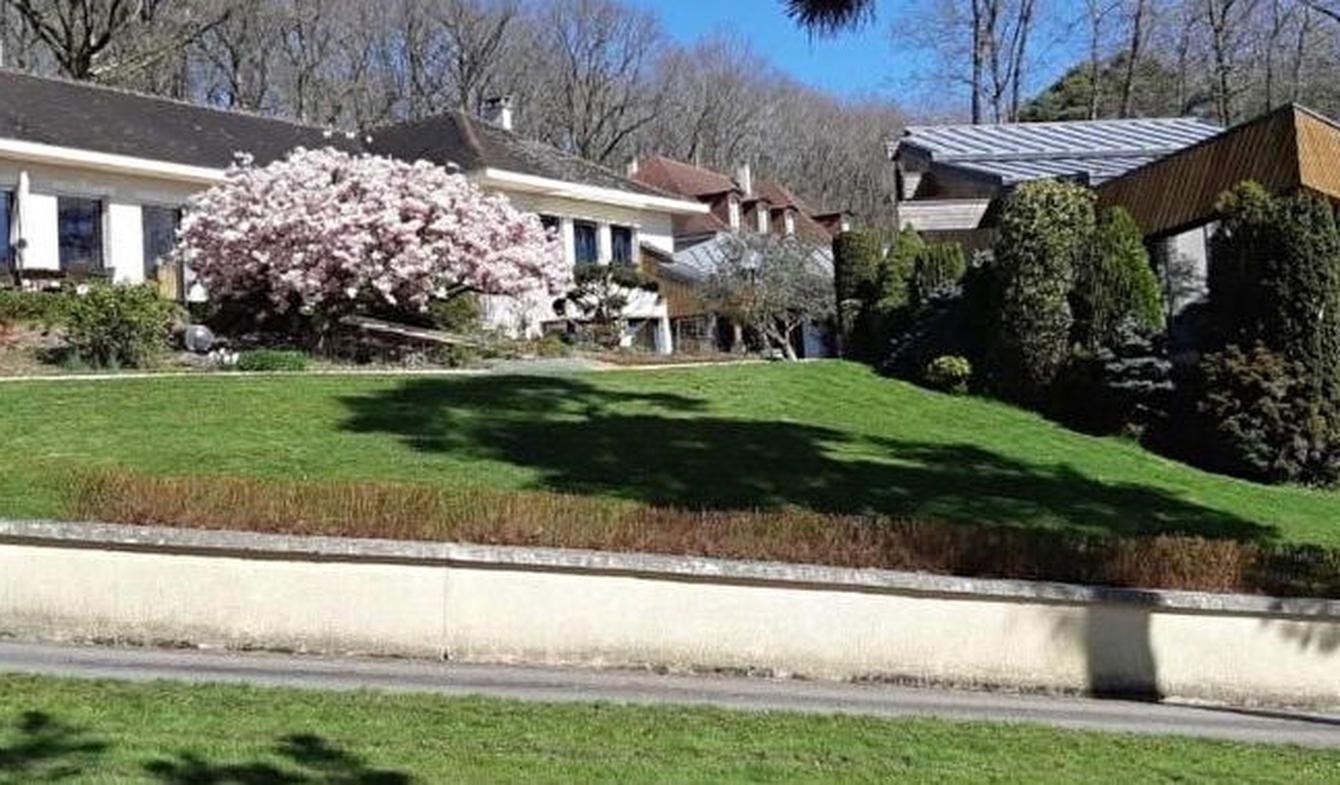 Property with pool Mortagne-au-Perche