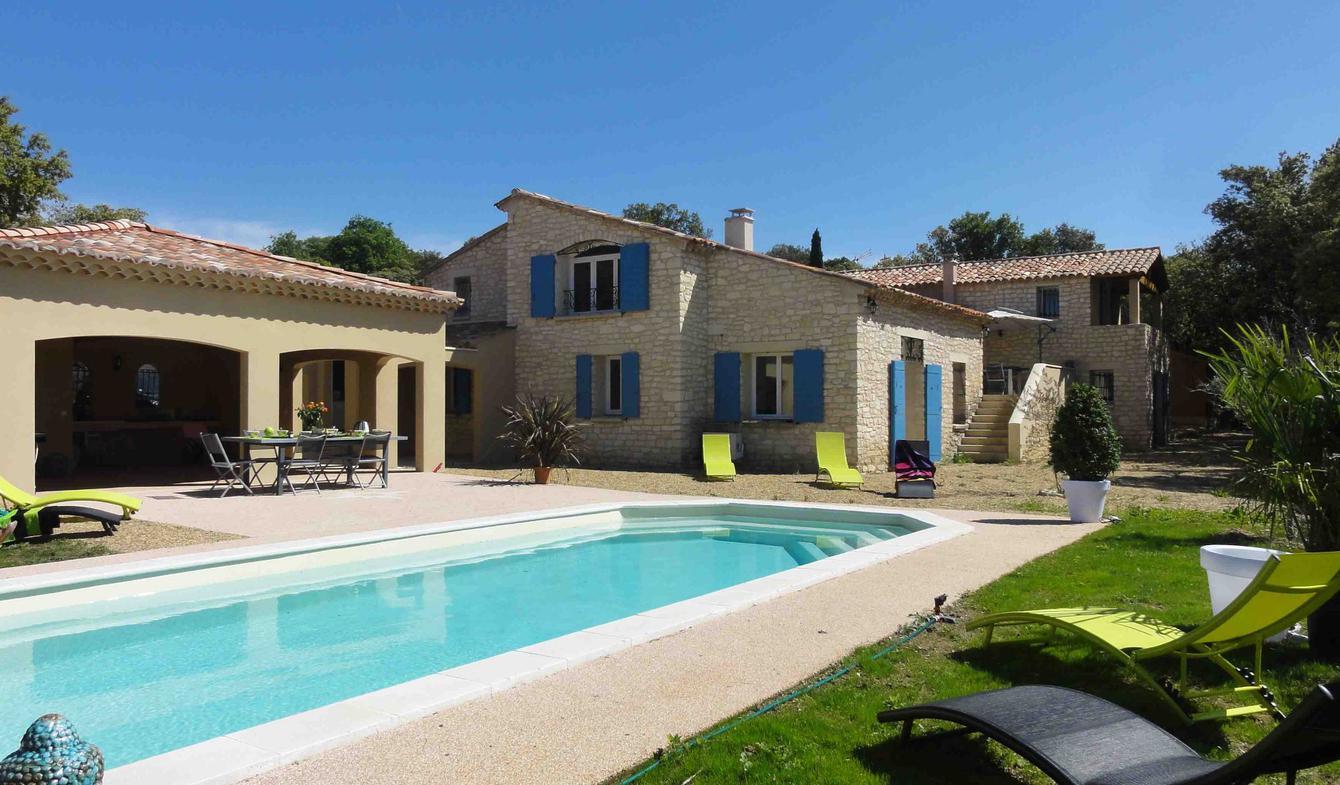 Villa avec piscine Saint-Saturnin-lès-Apt