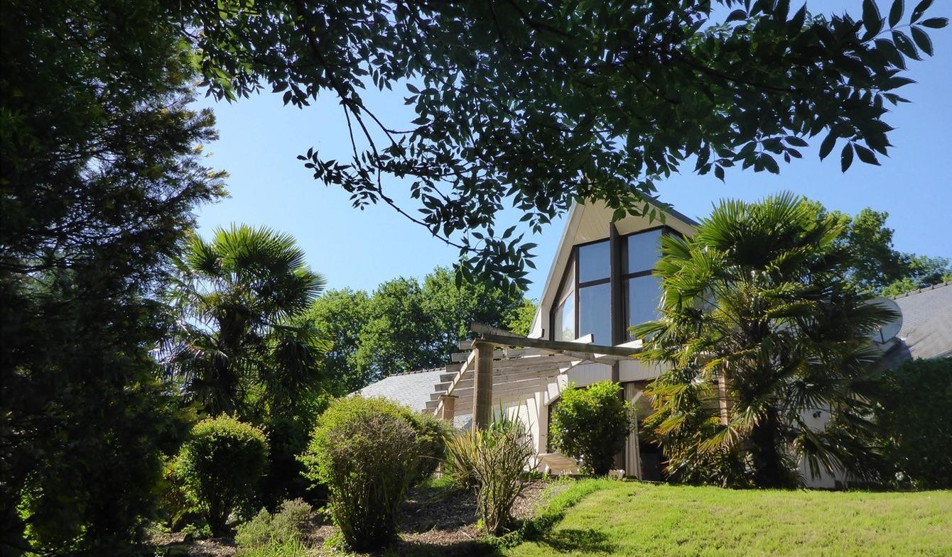 House with pool and garden Quimper