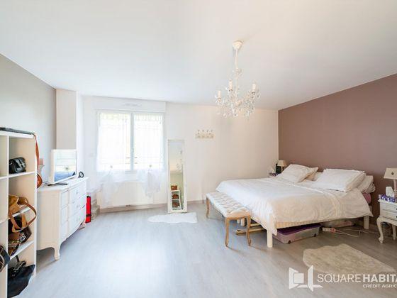Vente maison 14 pièces 267 m2