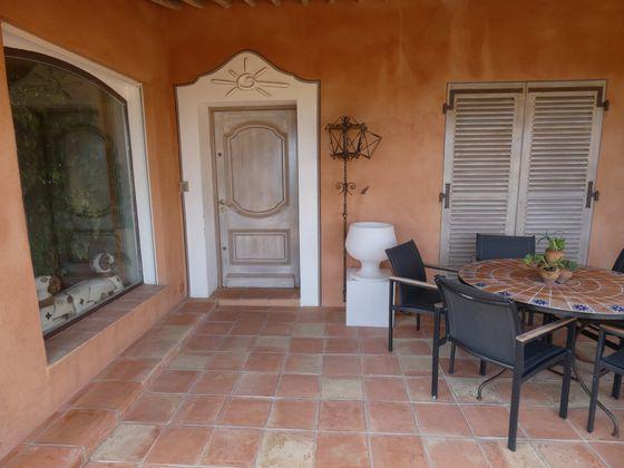 Vente propriété 12 pièces 300 m2