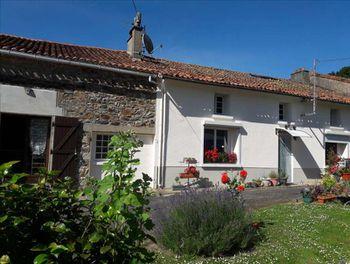 maison à Saint-Bonnet-de-Bellac (87)