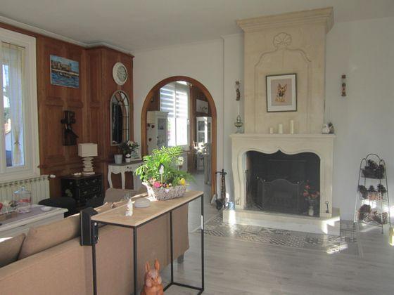 Vente maison 11 pièces 272 m2