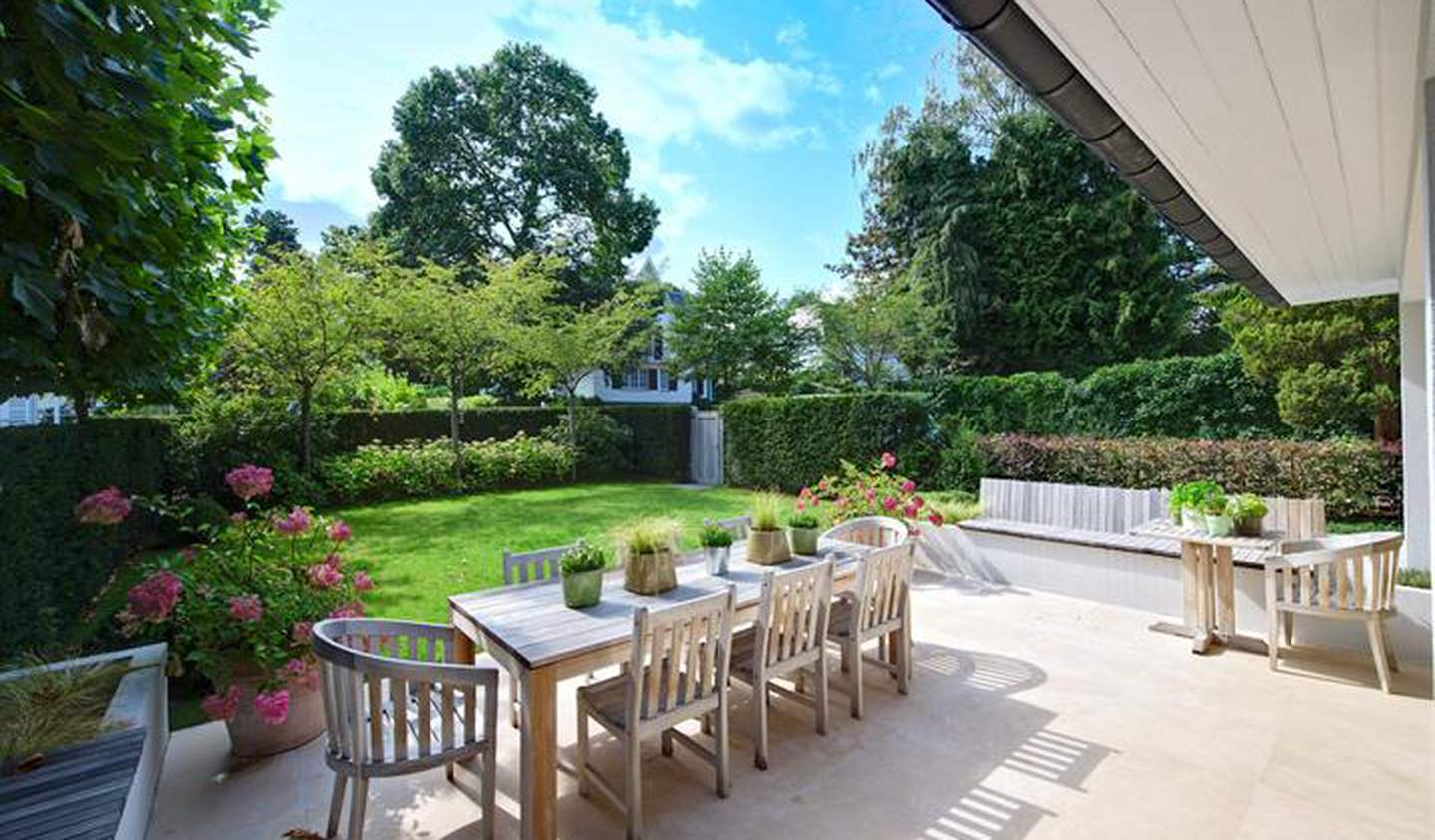 Villa with terrace Uccle