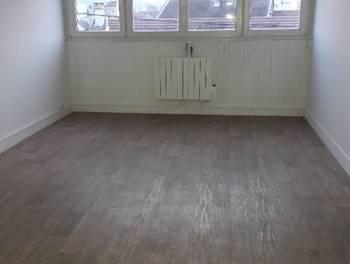 Appartement meublé 3 pièces 45,72 m2