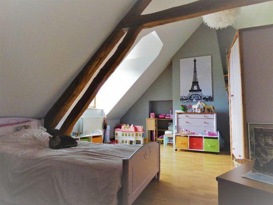 Location maison 5 pièces 170 m2
